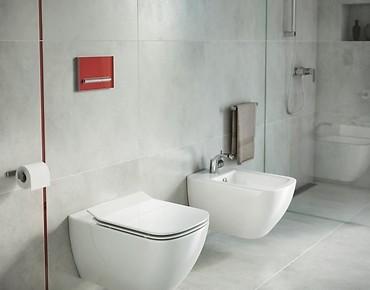 pilot_red_cer_bathroom_1_mp,rIKK6menpVrZqcjaWqSZ.jpg