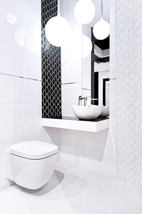 arabesco-minihexagon_blackwhite_bathroom.jpg