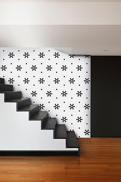 dunin-arabesco-hexagon-snow-stairs.jpg