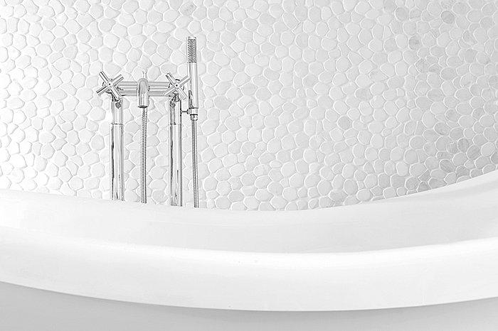 zen_bigdon_bathtub.jpg